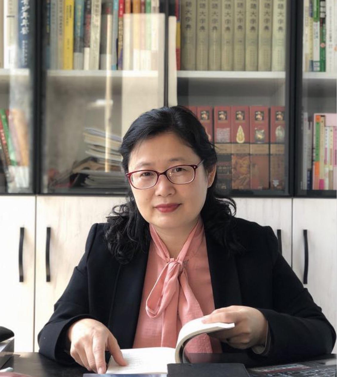 推进品牌战略 打造科幻精品——访四川科学技术出版社社长钱丹凝