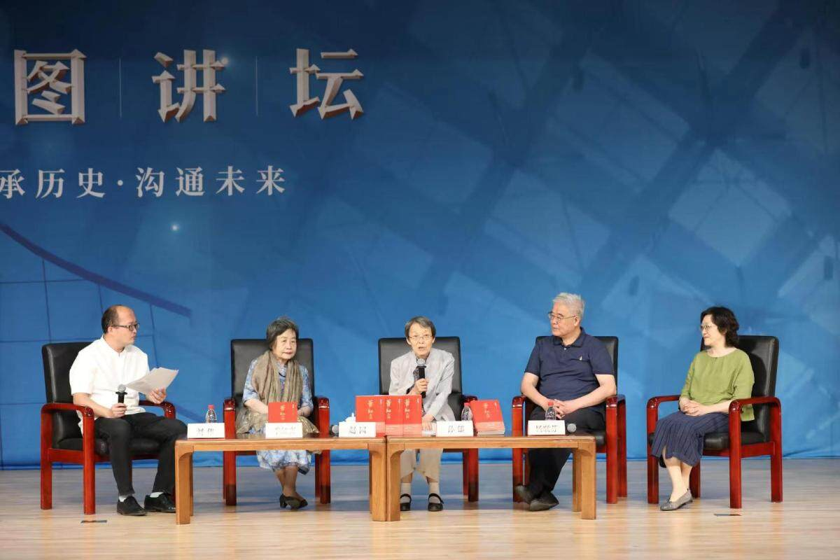 纪念萧红诞辰110周年,《萧红大传》50余万字还原其悲苦一生-出版人杂志官网