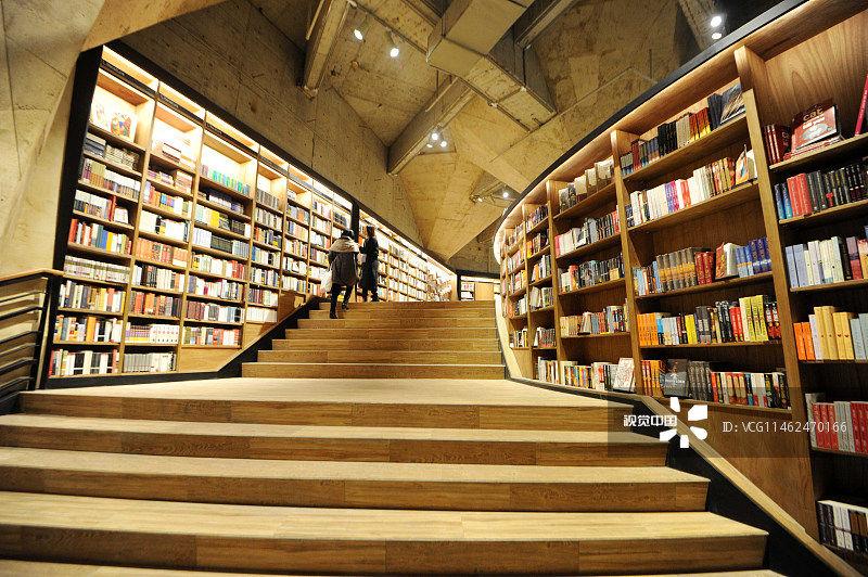 实体书店缘何钟爱成都?